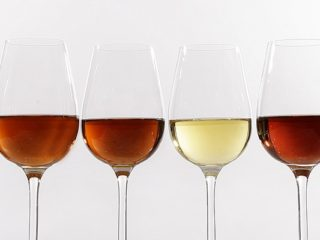 'Catavinos' style wine glasses with all the different Sherry styles next to each other